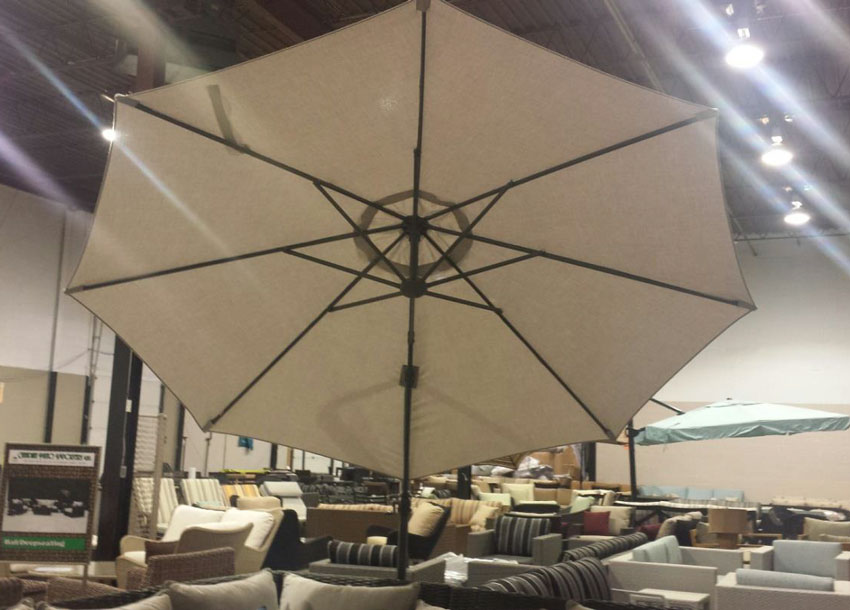 Umbrellas aurora 10 spokane washington apollo spas for Furniture burlington wa